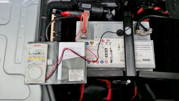 バッテリー寿命エンジン始動後の電圧