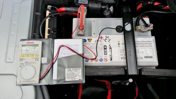 バッテリー寿命エンジン始動前の電圧