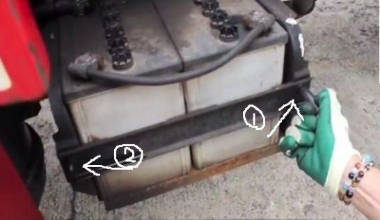 バッテリー並列の場合のブースターケーブルのつなぎ方