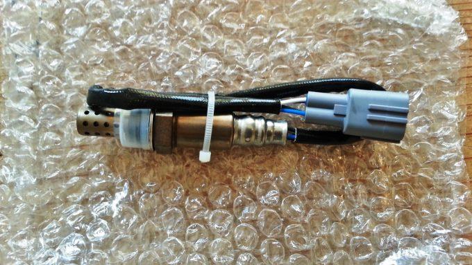 ヤフオクで購入したO2センサー(ノア、ヴォクシー)