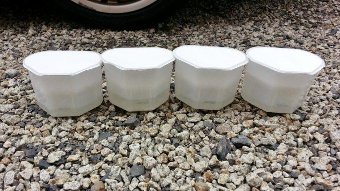 車の長期保管で除湿剤に溜まった水