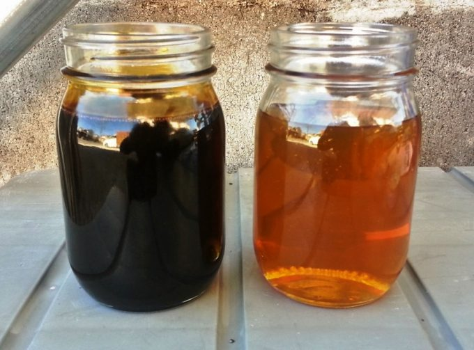 新品のオイルと使用済みのオイルの比較