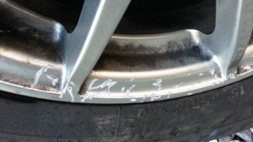 DIYタイヤ交換はホイールに傷がつく