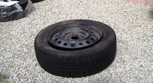 ホイールがタイヤにハマった状態