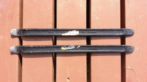 タイヤ組み換えで使うタイヤレバー