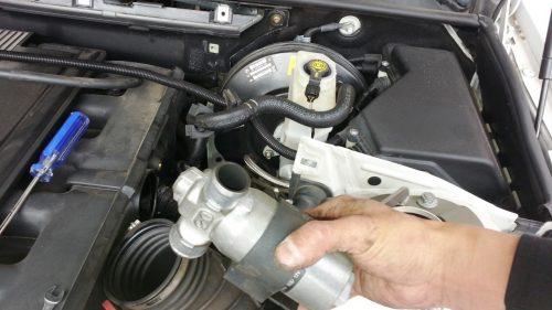 【アイドルバルブ清掃】アイドリングが不安定なBMW車のメンテナンス方法